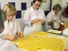 Ladies making handmade pasta in Bologna